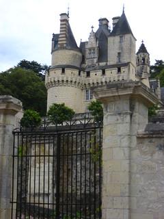 Image of Château d'Ussé. france bike europe chateau rignyusse eurovelo châteaudussé