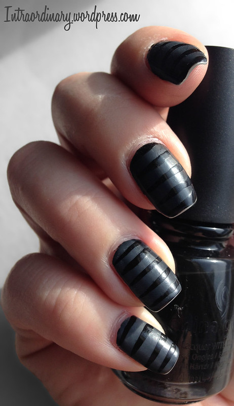 Black Gloss/Matte Striped Nails