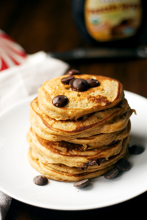 gingerbread chocolate chip pancakes
