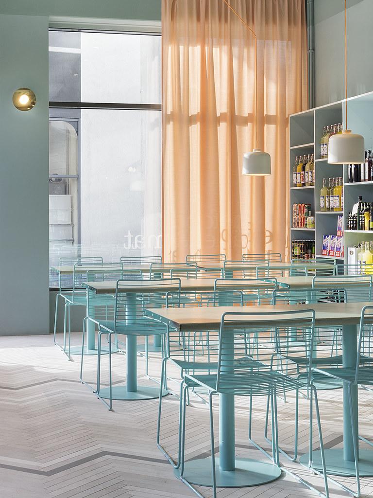 Fine Food restaurant , interior design by Note Studio