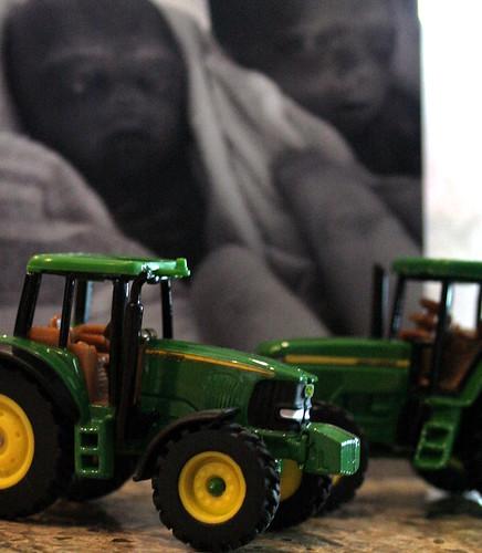 333/365 Twin John Deere Tractors