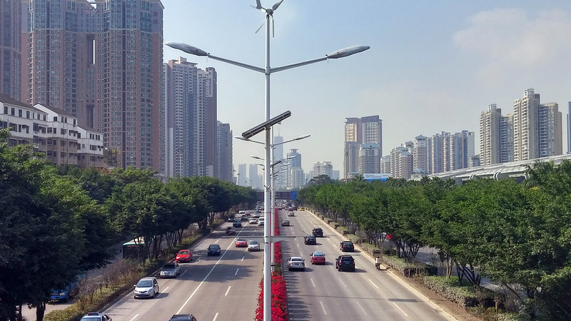 Shenzhen : Everyroad = Freeway + Smog