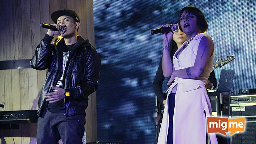 Cinta singing