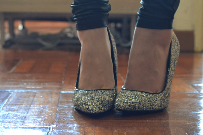 Daisybutter - Hong Kong Fashion and Lifestyle Blog: Dorothy Perkins glitter heels, DPshoeselfie