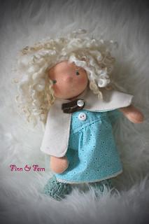 Neelie - A Finn and Fern Little Fiddle