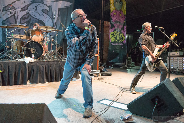 Descendents.BoDiddleyPlaza.Sat.AndrewDominguez-002