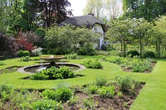 Old Thatch Gardens 15-05-2014