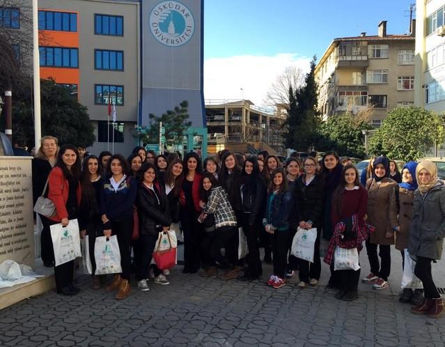 Nesibe Eryetiş öğrencileri Üsküdar Üniversitesi'ni gezdi…