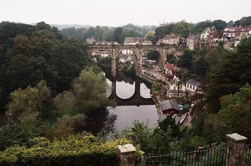 uk bridge england reflection film water 35mm river olympusstylusepic yorkshire viaduct pointandshoot knaresborough railwaybridge nidd c41 analoguephotography