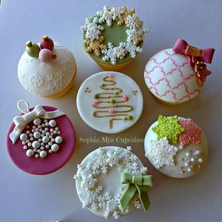 Christmas 2014 cupcakes