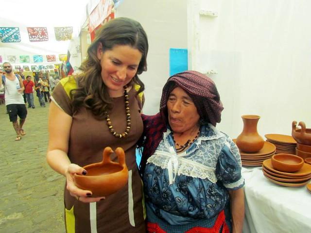 """Gobierno de Oaxaca, """"Expo venta artesanal decembrina 2014�, encuentro de manos mágicas - IOA"""
