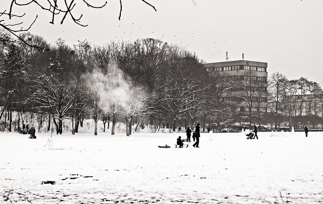 snow and smoke // dresden neustadt