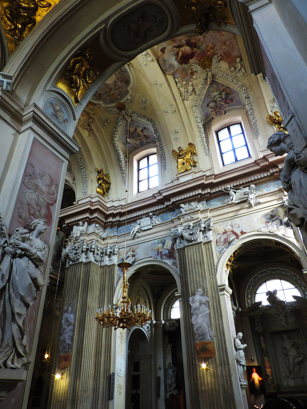 Churches Not To Miss In Krakow: Church Of St Anne, Krakow