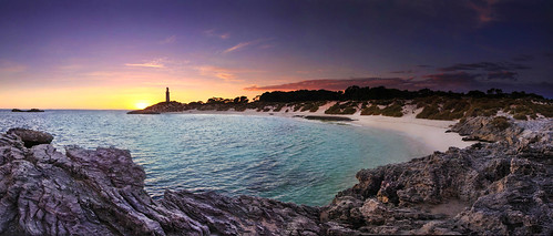 lighthouse sunrise island rotto rottnest pinkies bathurstpoint