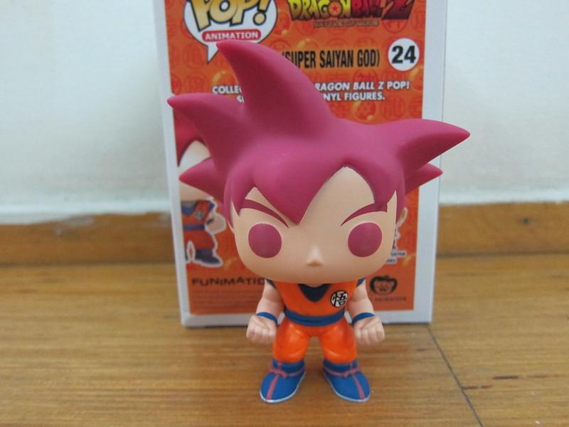 Funko Pop Goku (Super Saiyan God) - Front