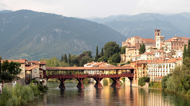 A very picturesque bassano del grappa lil destinations for Arredamento bassano del grappa