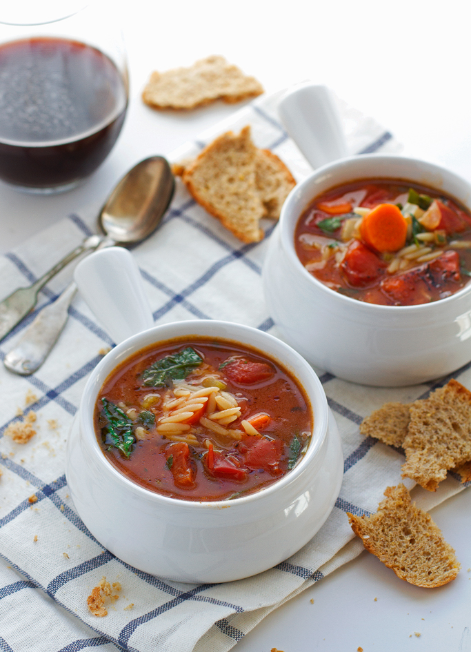 Italian Orzo Tomato Spinach Soup | 17 Italian Soup Recipes To Make You Manage Chilly Nights
