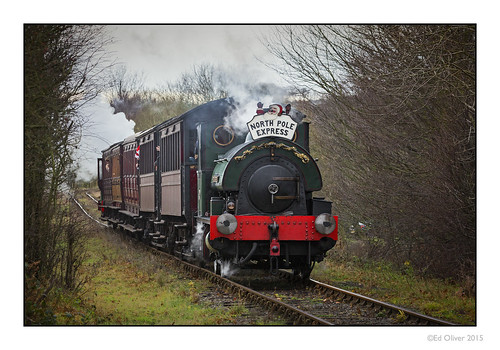 christmas uk train countryside smoke steam steamrailway steamtrain newcastleupontyne ageofsteam carriages tanfield tyneandwear northpoleexpress heritagerailway canonef100400mmf4556lis canoneos5dmarkiii newcastleupontynenortheast