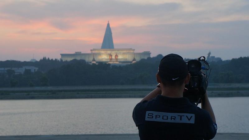 SporTV em Pyongyang Coréia Do Norte com Uri Tours - DPRK