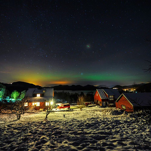 Northern lights east of Stavanger, #Norway , last night. A small farm near Tau. Taken with a nikon dslr.