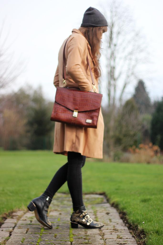 fashionblogger beiger mantel - vintage bag - vintage satchel bag- modeblog paderborn