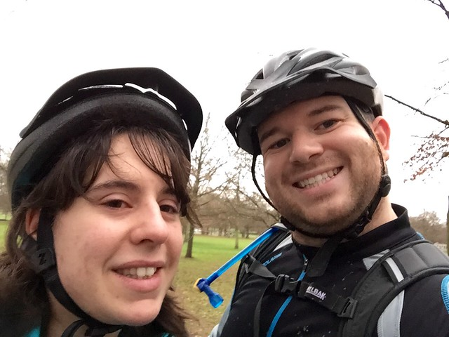 Cycling selfie with Jen