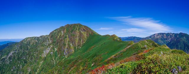 武能岳への登り返し