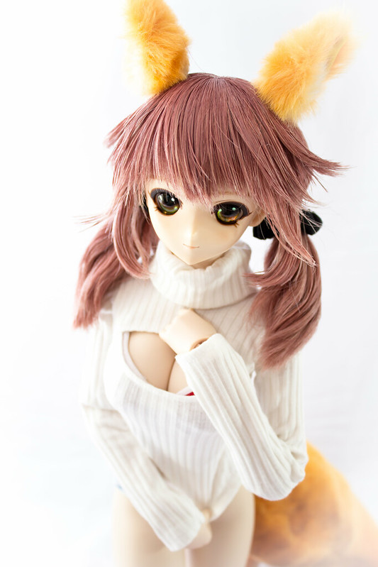 Tama-chan_Keyhole_Turtleneck_10