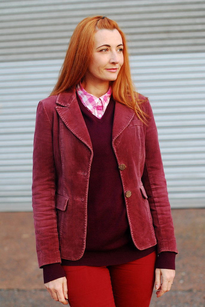 Autumn style: Head to toe red, burgundy and pink