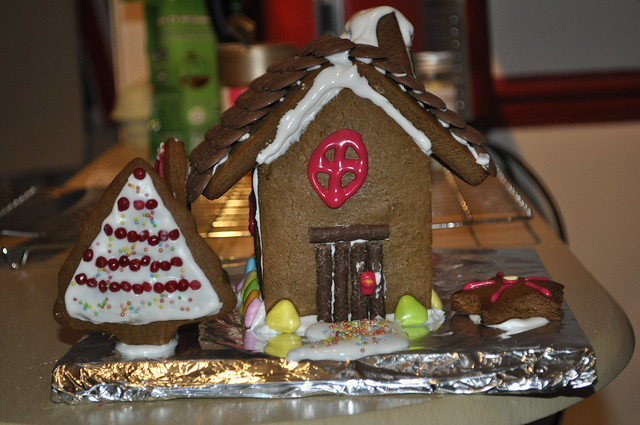 2014-11-23 Gingerbread house