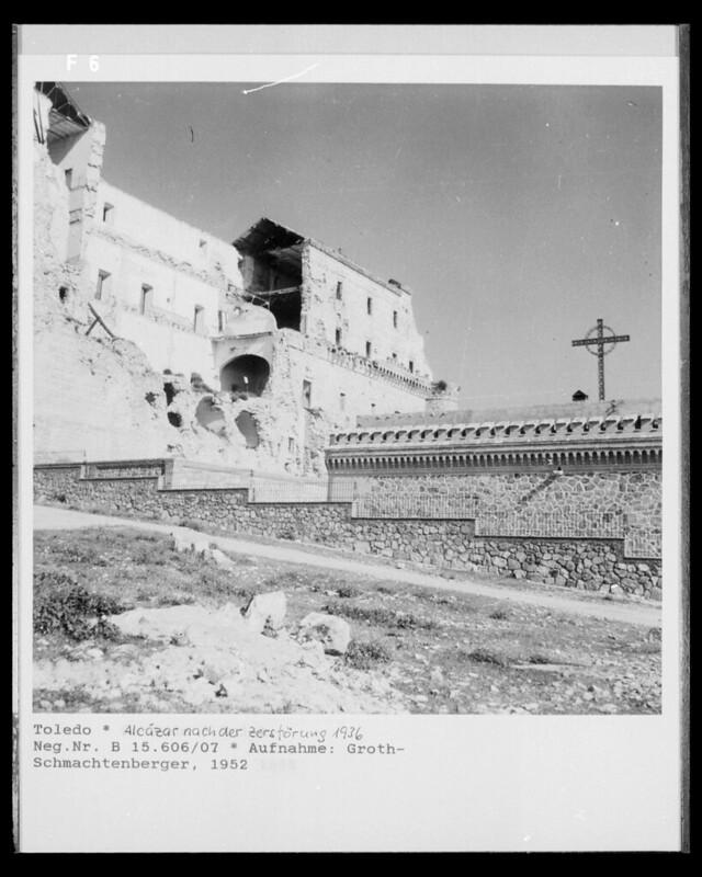 Alcázar en 1952. Fotografía de Erika Groth-Schmachtenberger