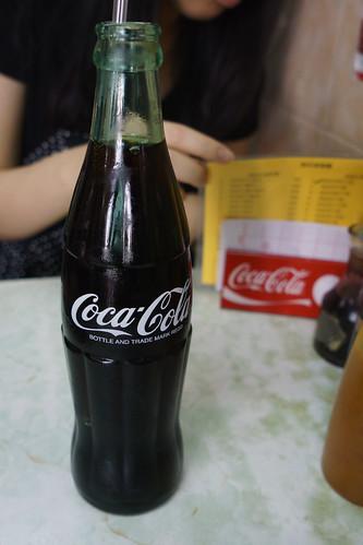 識飲梗係會飲玻璃樽裝的可口可樂!