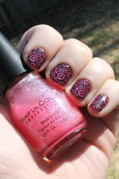 Pinky Spirals Manicure