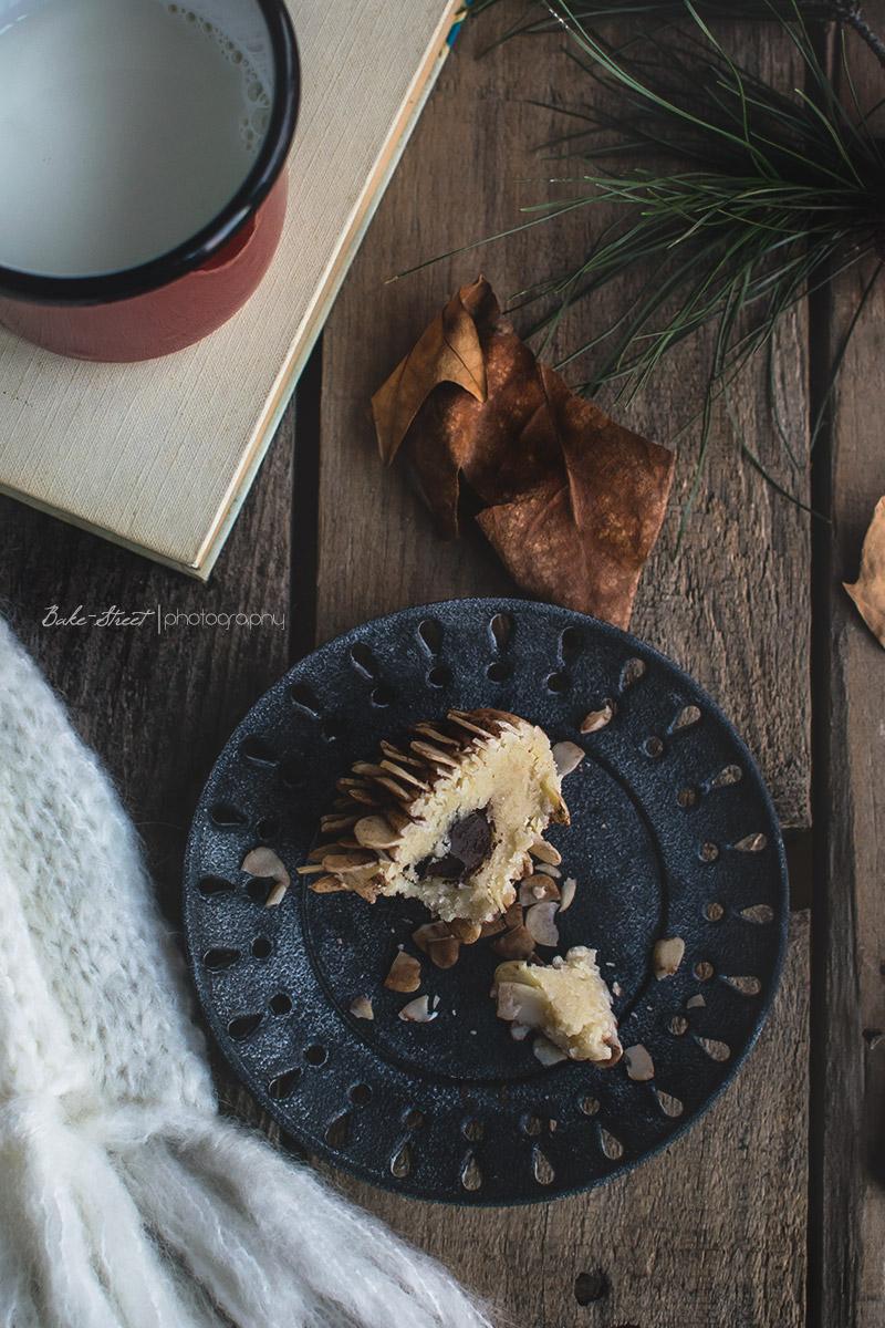 Piñas de mazapán y trufa de Cointreau