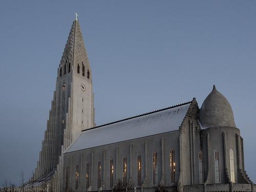 christmas iceland december reykjavík hallgrímskirkja