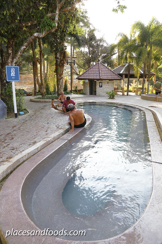 Raksawarin Hot Spring Ranong pools