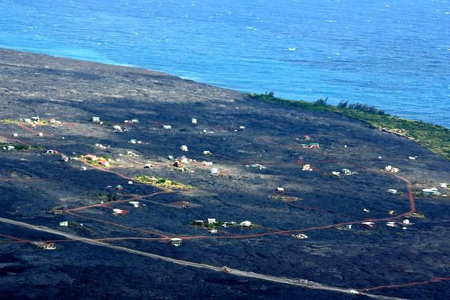 Taloja laavakentällä, Havaiji