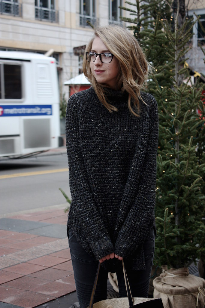 chelsea+lane+truelane+zipped+blog+minneapolis+midwest+fashion+style+blogger+tonya+moptop+free+people+dylan+sweater2