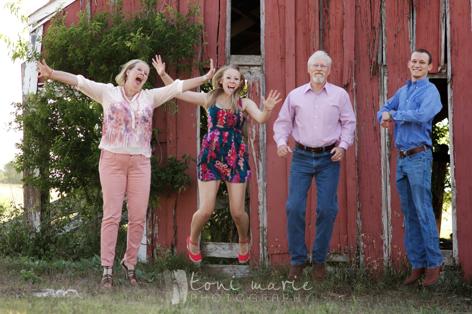 round rock family photographer - Toni Marie Photography