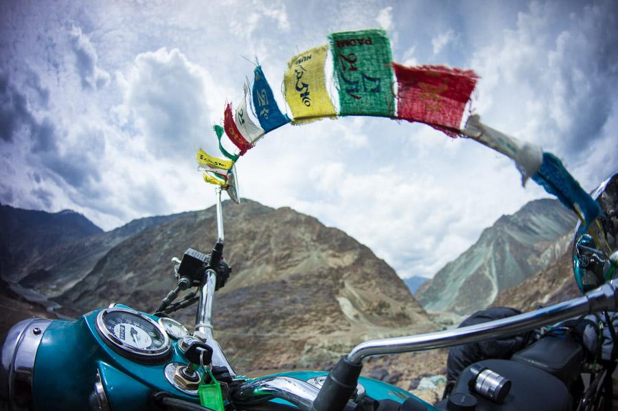 Ом Мани Падме Хум. Долина Нубра, Ладакх © Kartzon Dream - авторские путешествия, авторские туры в Индию, тревел фото, тревел видео, фототуры