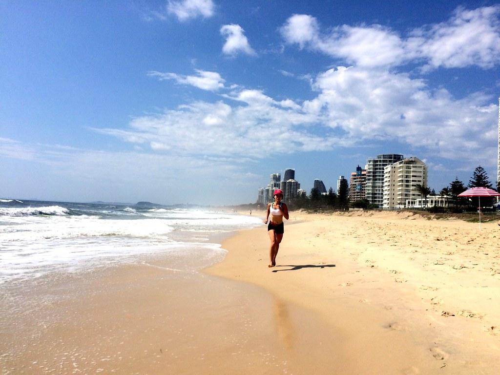 the beach - surroundings of sofitel gold coast-007