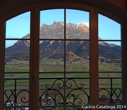 Post Lermoos Fenster Zugspitze
