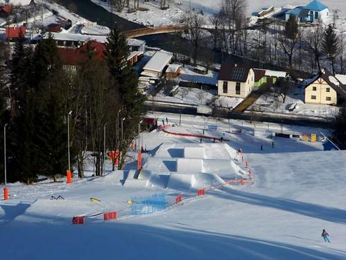 Lyžujte ve skiareálu KAROLINKA do konce zimní sezóny s 30% slevou