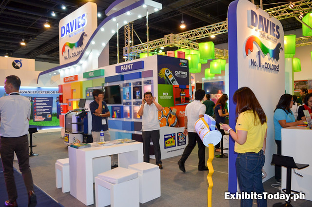 Davies Paint trade show display