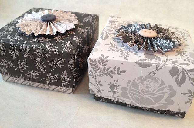 Scrap Time - Ep. 994 - Folded Boxes w/ Docrafts Midnight Blush