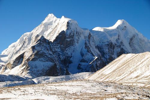 Peaks beyond Gurudongmar Lake