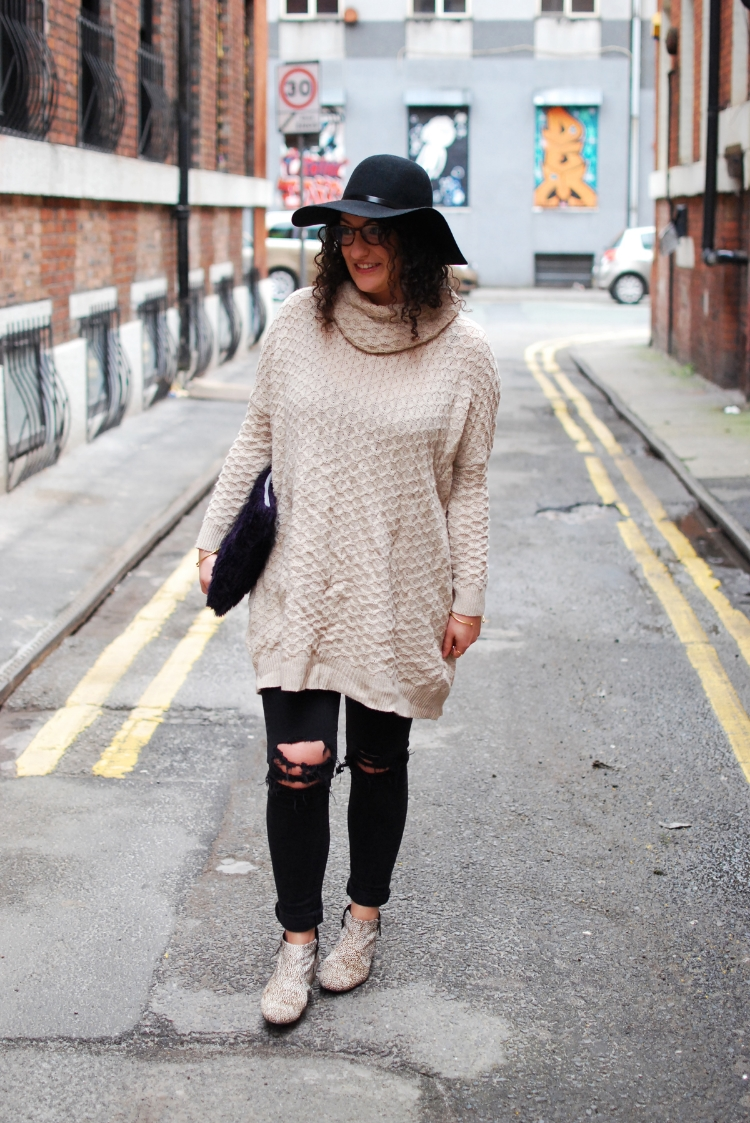 oversize knit Ethical style buy second hand first