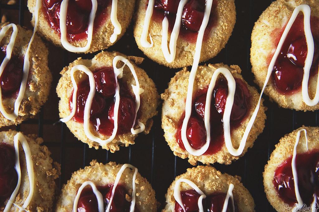 Cherry Cheesecake Cookies || PasstheSushi.com