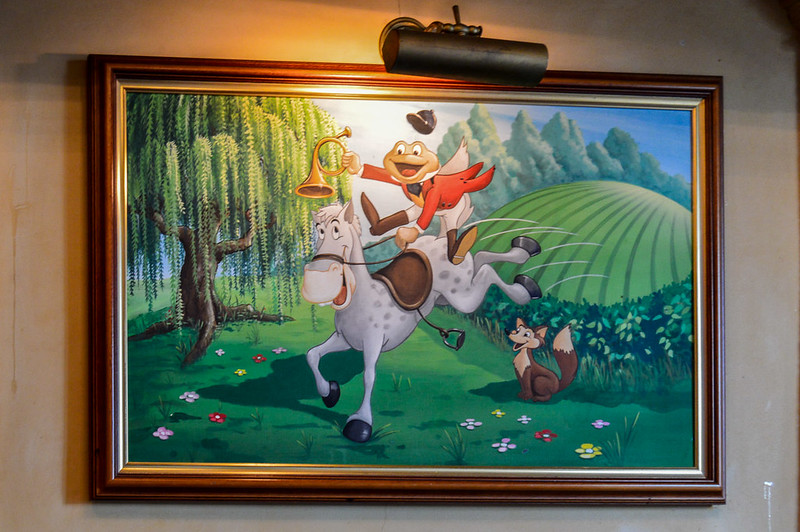 Painting of Mr. Toad and Cyril Proudbottom in Disneyland Paris