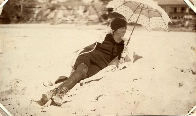 Austinmer Beach, 1917
